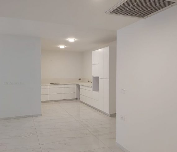 להשכרה דירת גן חדשה בבניין בוטיק במרכז המושבה בפרדס חנה 4